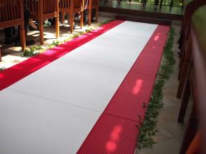 カワコー(川村興産株式会社)「結婚式場(畳のバージンロード)」施工例(1)